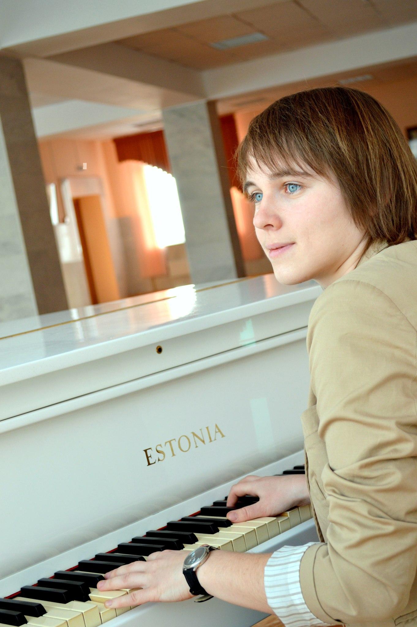 """Любовь Васичкова: """"Всё зависит от умения чувствовать музыку"""""""