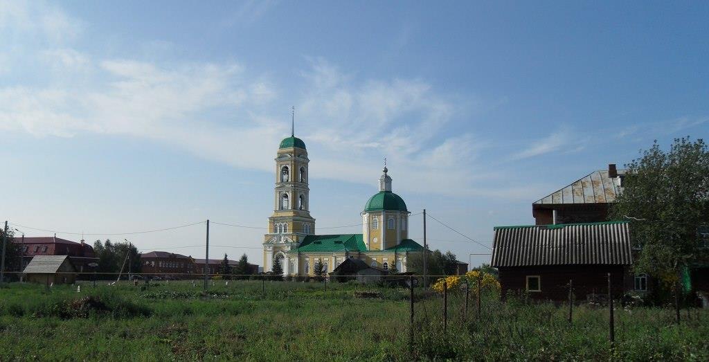 Николо-Березовка: храм среди руин